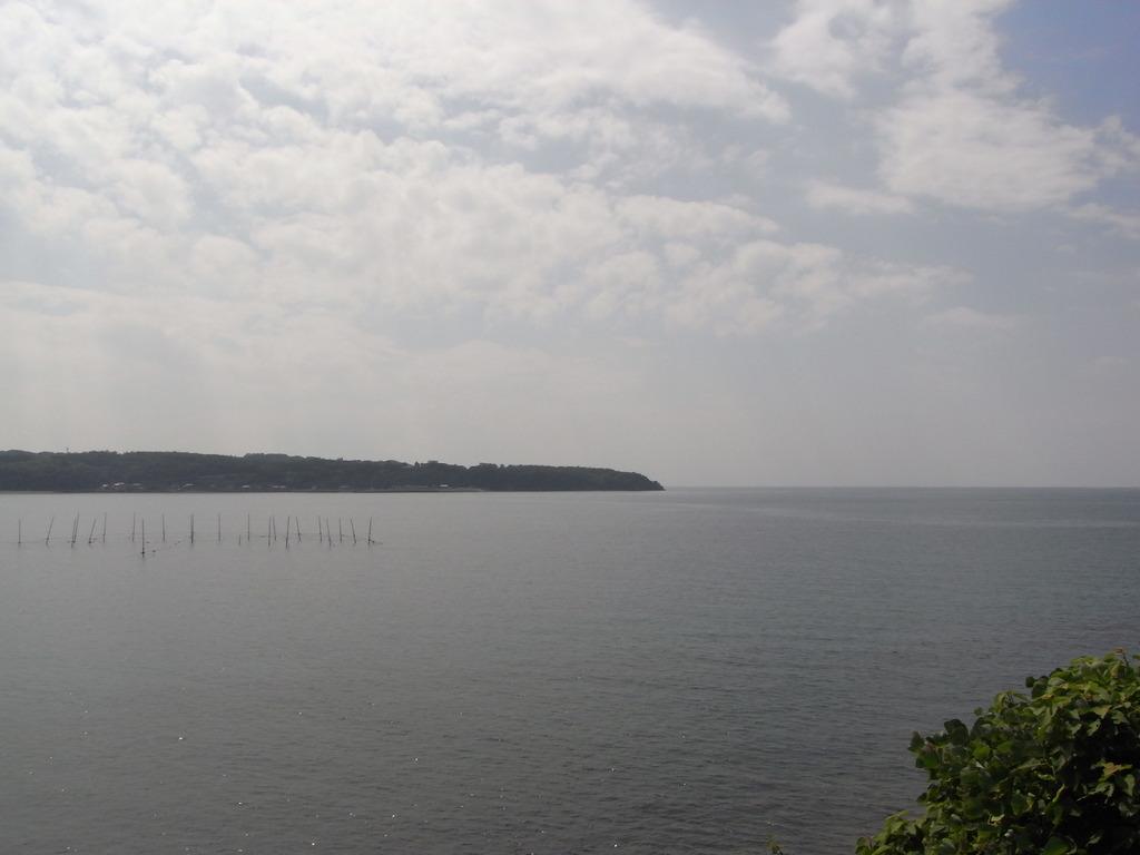 長崎鼻の海