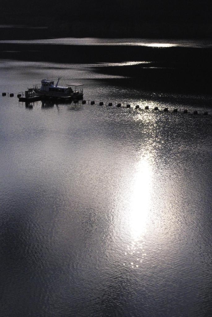奥多摩湖 残照
