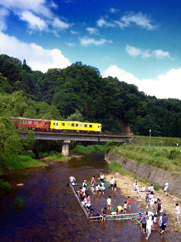 盛夏を往く秋田内陸線