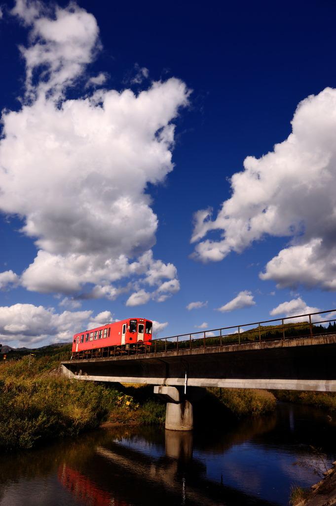 天空を往く秋田内陸線