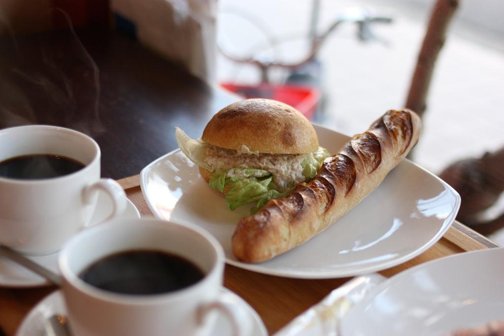パン屋さんでカフェ