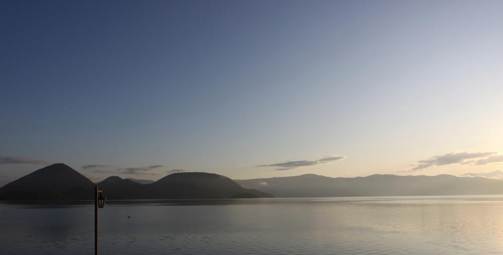 洞爺湖にて_朝陽
