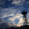 夕景の電波塔