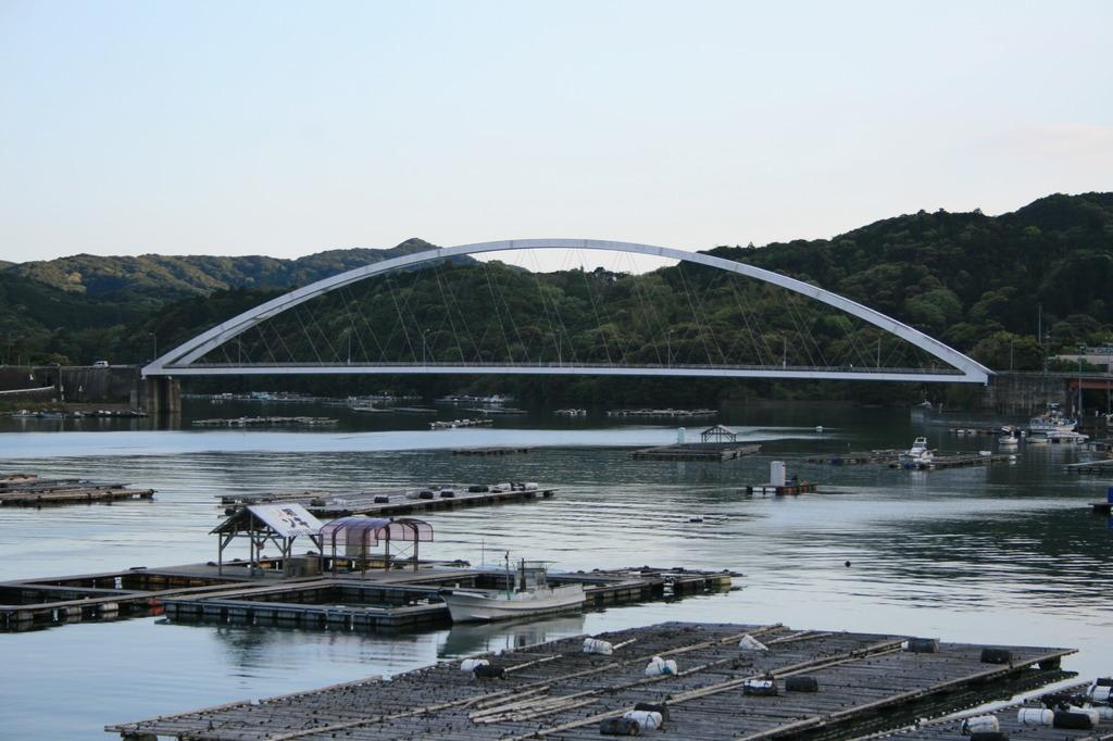 麻生の浦大橋