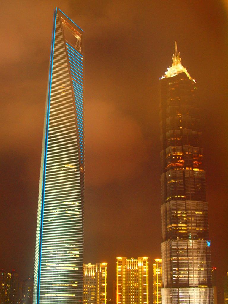 目眩の摩天楼