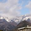 日光駅から見える山