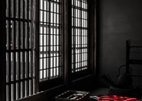 NIKON NIKON Dfで撮影した(格子戸からの日差し)の写真(画像)