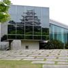 博物館に写り込んだ姫路城