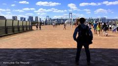新丁:香港の旅人