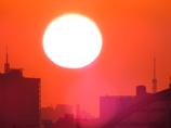 東京タワーと朝陽