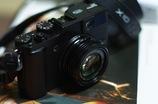 レンズ一体型カメラ