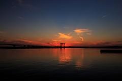 黄昏どき、空と湖と。