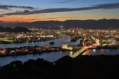 美しい街 ~故郷夕景、五台山展望台より~