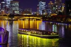 水上バス「ひまわり」 ~通勤夜景、天満橋より~