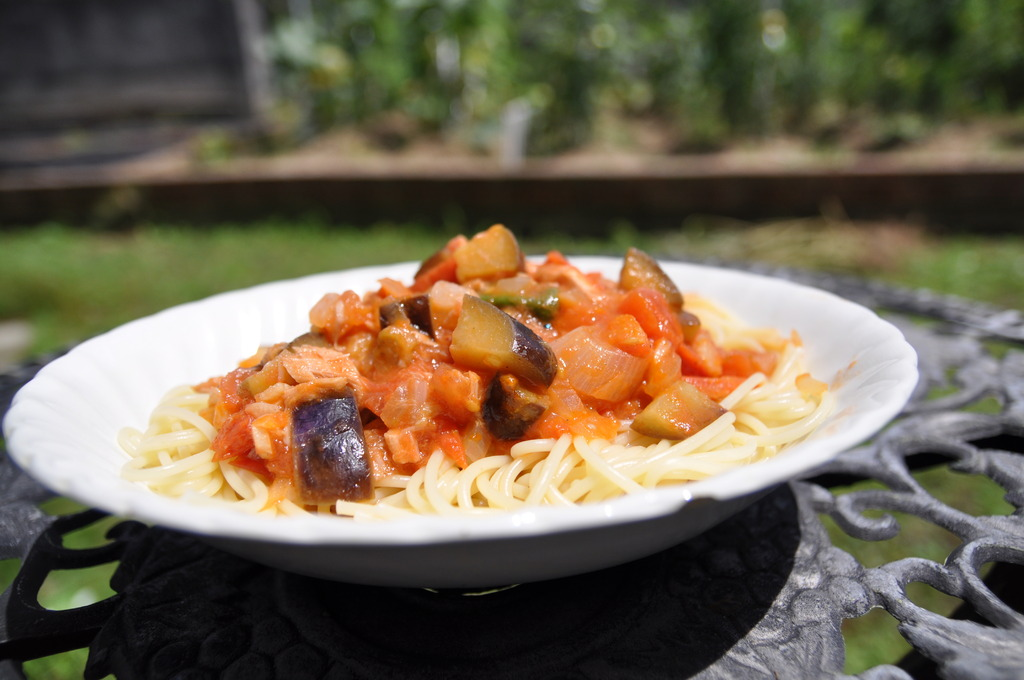 トマトとナスとツナのスパゲティー