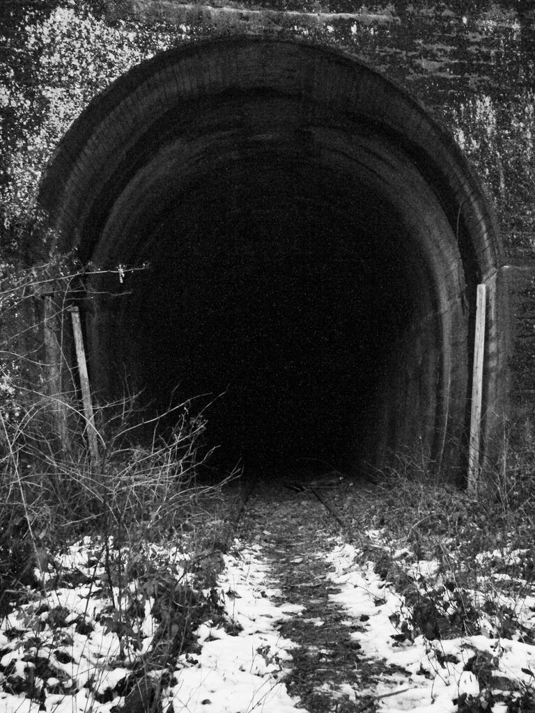 かつてトンネルだった物