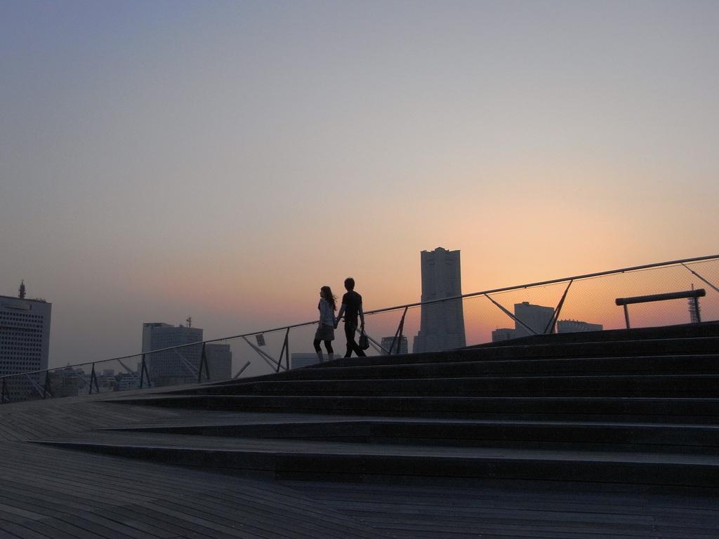 大桟橋のカップル