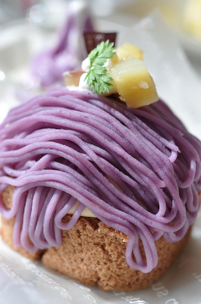 紫芋モンブラン