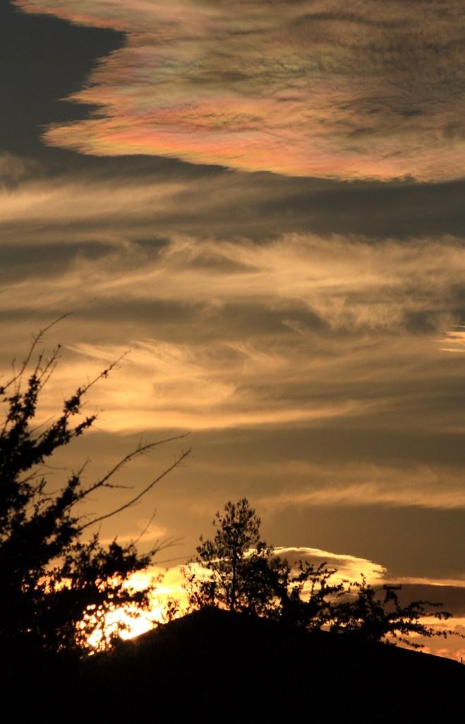 彩雲 or 夕焼け