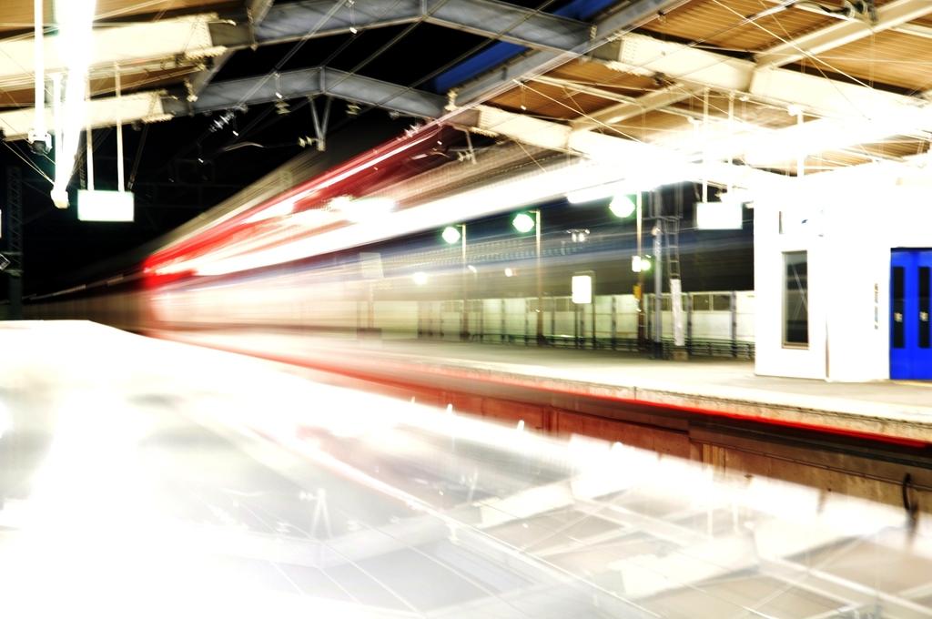 深夜の電車