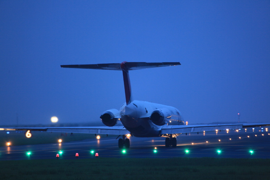 JAL MD-81