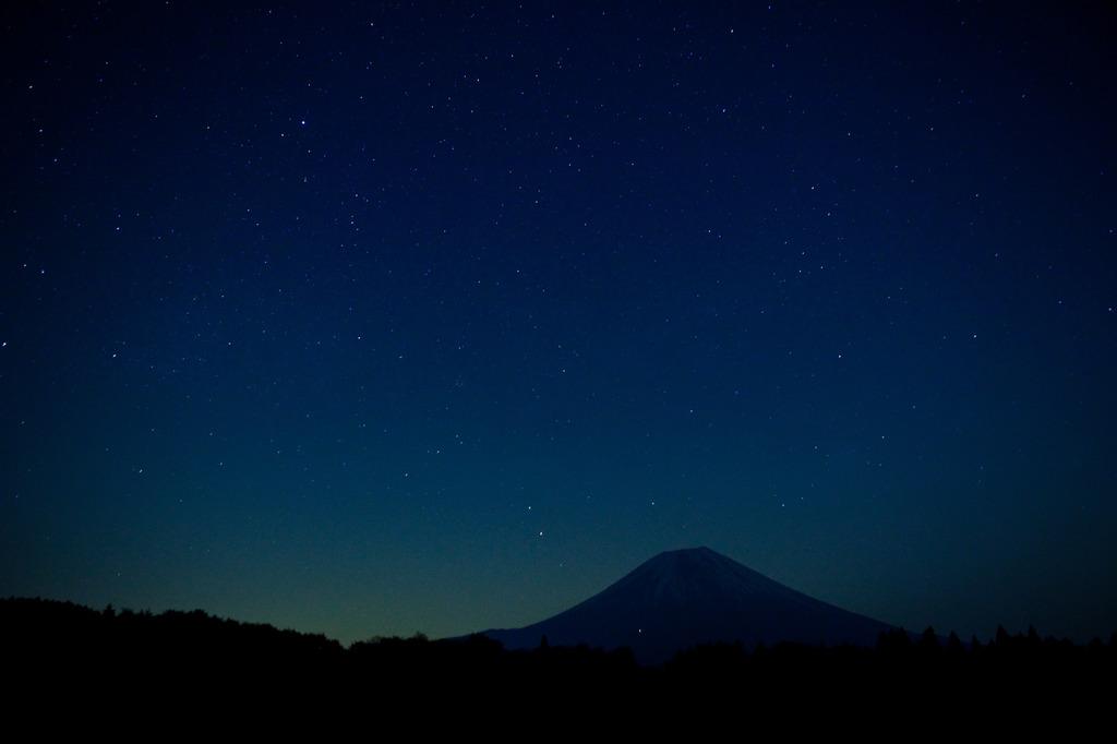 星と富士山