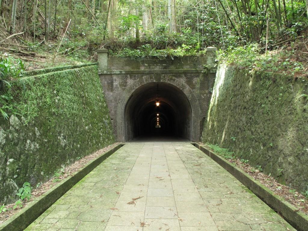 タイムトンネル 明治への道