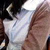 シャツ少女