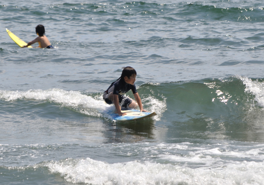 GRUMET Surfin1