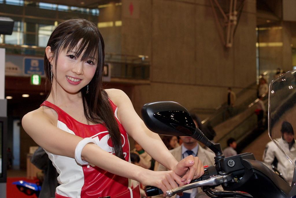 東京モーターショー2009-15 谷川えりかさん