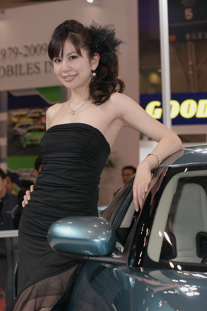 東京モーターショー2009-03-2 谷口真紀さん