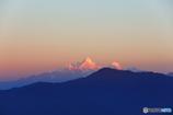 マナスル三山の夜明け