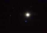 仰ぎて眺める今朝の月
