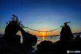 機具岩と夕日
