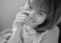 LEICA LEICA M MONOCHROM (Typ 246)で撮影した(指の間にこもる緩やかな時間)の写真(画像)